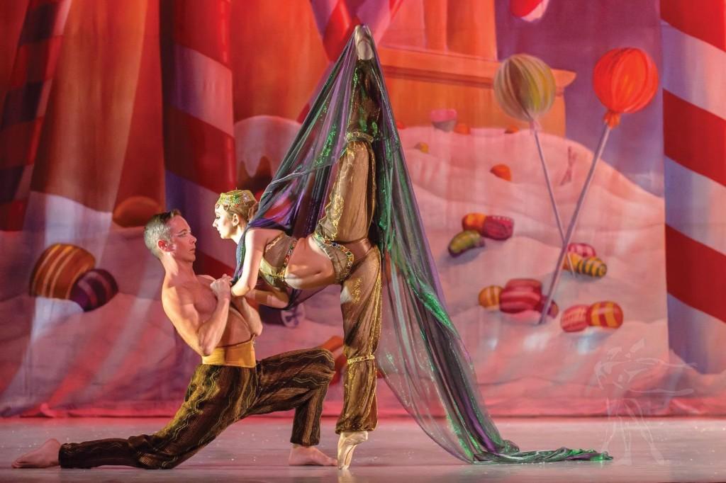 Pas De Vie Ballet The Arabian Pas De Deux With Seah Hagan And Rick Clark Photo By Ptfphoto Cc